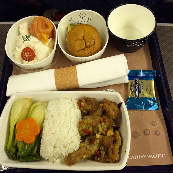 Salmon and creamy potato salad; fried pork chop, golden garlic, pepper salt, pak choy, carroy, steamed jasmine rice; milk chocolate @ Cathay Pacific Economy Class Flight