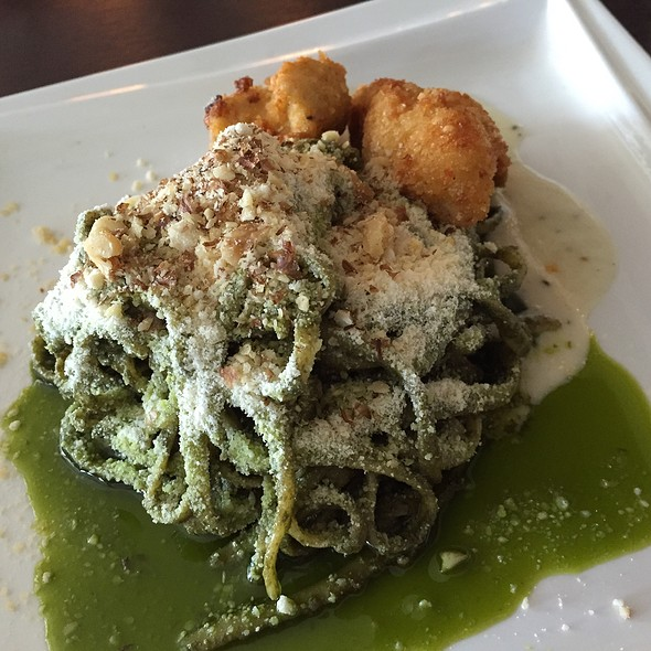 Linguine in Pesto Sauce with Parm-Crusted Chicken @ Maitre Chocolatier