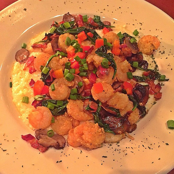 Shrimp and Grits @ Bill Fish