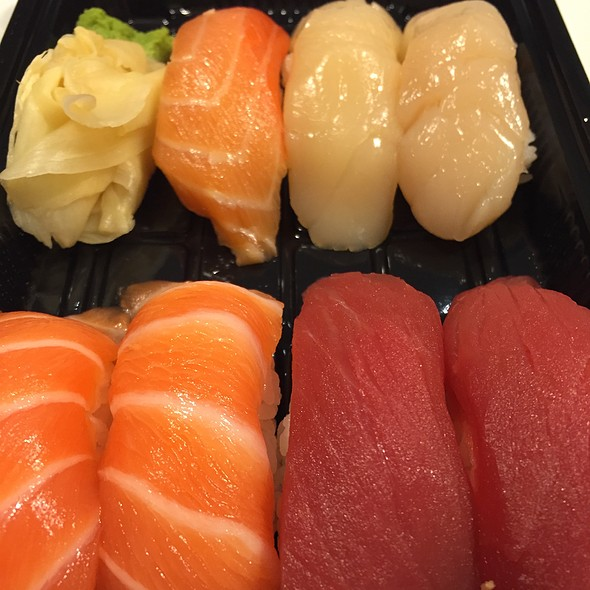 Assorted Suhi - Kamehachi of Tokyo - Northbrook, Northbrook, IL