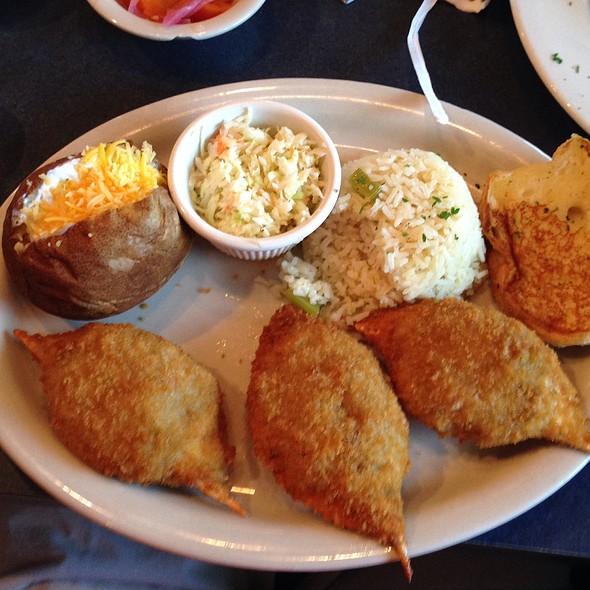 Stuffed Crab Plate @ La Roca