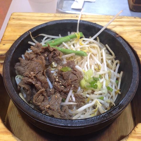 beef noodle bowl @ H Mart