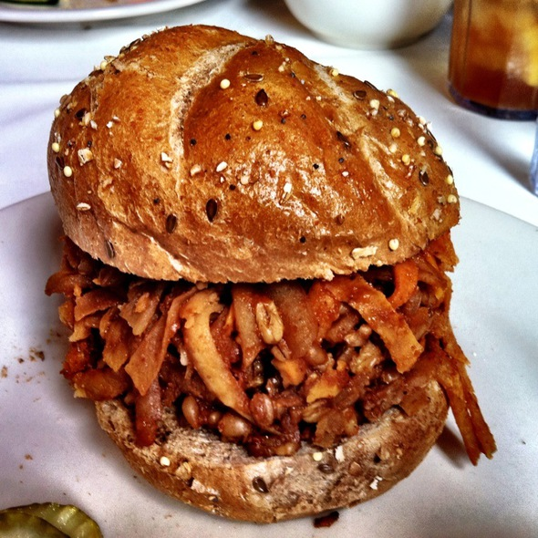 Bbq Grains  @ Three Sisters Cafe