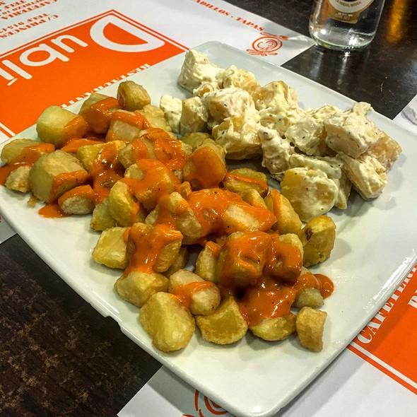 Patatas Bravas Y Alioli Mixtas @ Restaurante Dublin