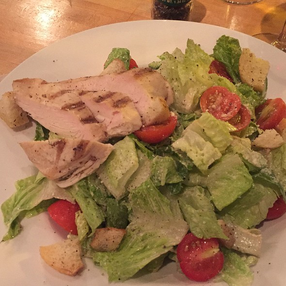 Chicken Ceaser Salad - Dexters of Thornton Park, Orlando, FL