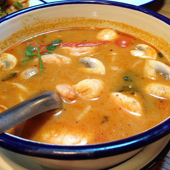 Tom Yam Rice Noodles @ Rosa's Thai Cafe