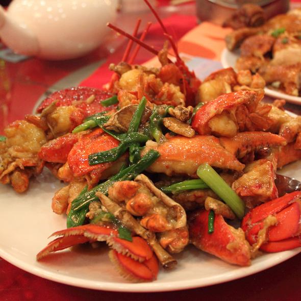 Ronnie Maxidus Chieng Foodspotting