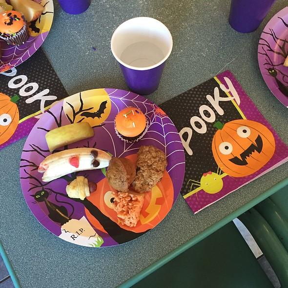 Breakfast @ Halloween Party