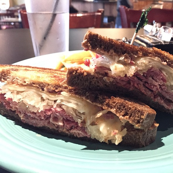Corned Beef Reuben Grilled Sandwich @ Easy on I