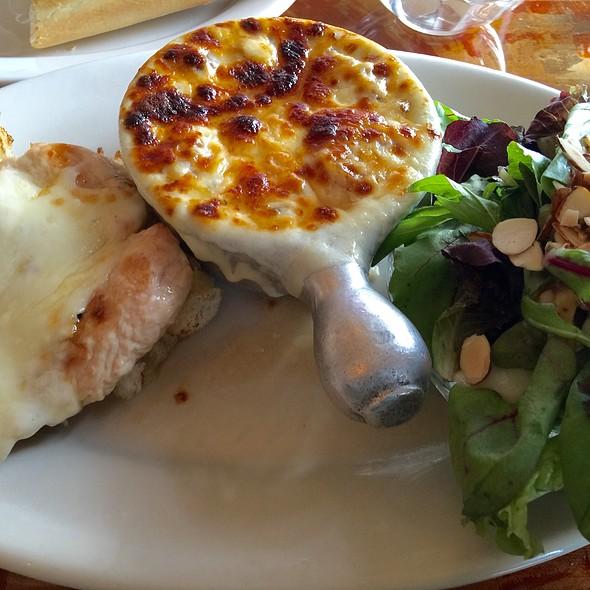 Little Dippers Chicken Sandwich, French Onion Soup & Salad @ Judie's Restaurant