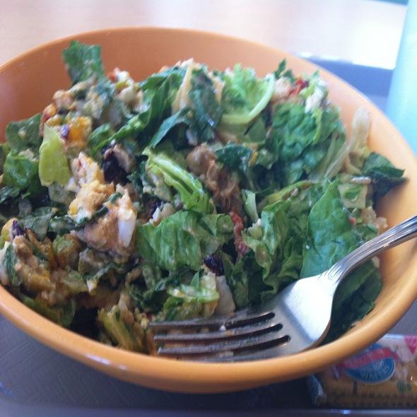 Make Your Own Salad @ Salad Stop