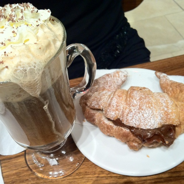 Rum Coffee With Dulce De Leche Croissant at Havanna Cafe