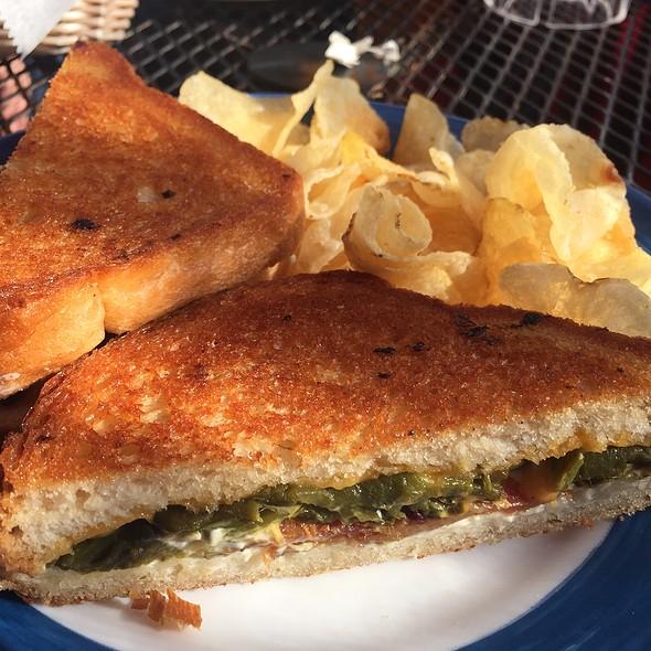 Poppers Sandwich