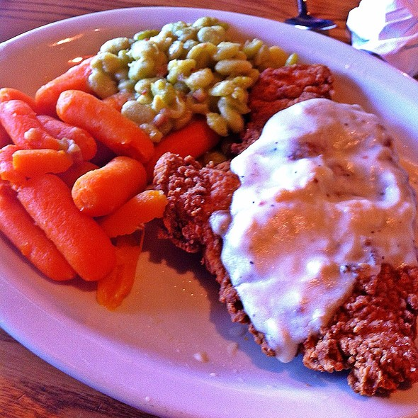 Chicken Fried Chicken With Sawmill Gravy @ Cracker Barrel