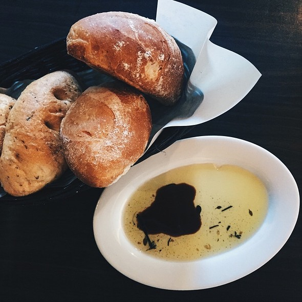 Bread And Balsamic Vinaigrette + Evoo