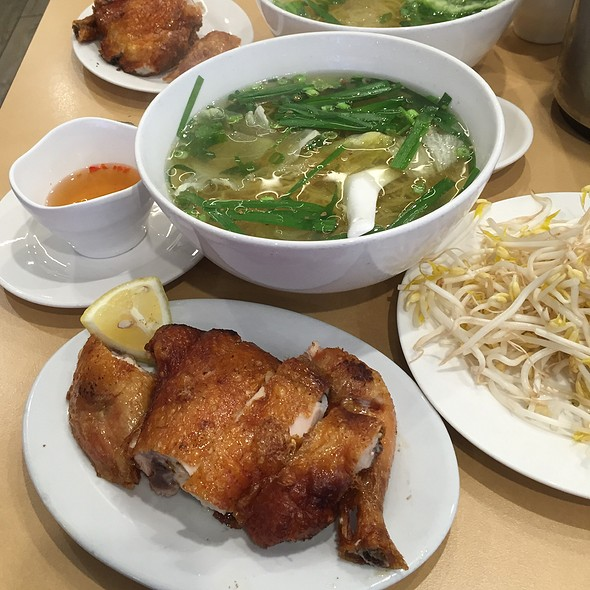 Crispy Fried Chicken With Egg Noodle Soup