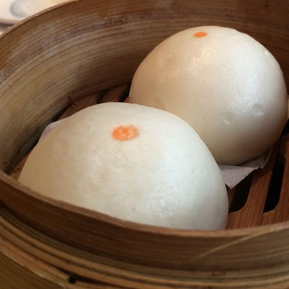 Steamed BBQ Pork Buns @ Yank Sing Restaurants