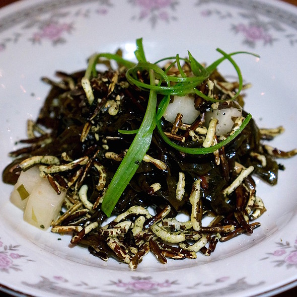 Bamfield seaweed salad, shiitake mushrooms, puffed wild rice, daikon