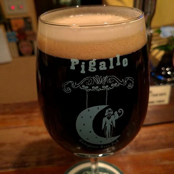 伊勢角屋麦酒 / Moca French Coffee Stout @ European Beer Pub Pigalle ヨーロピアンビアパブ ピガール