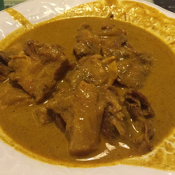 Malaysian Beef Brisket Curry With Rice @ Tsui Wah Restaurant 翠華餐廳