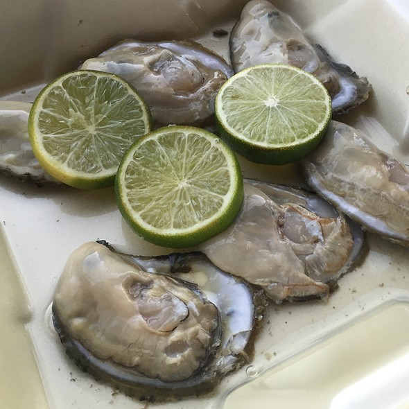 Half Dozen Raw Oysters - The Wharf, Alexandria, VA