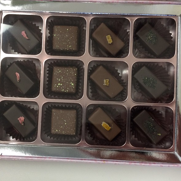 Assorted Chocolates @ Rokumeikan Tokyo Chocolate