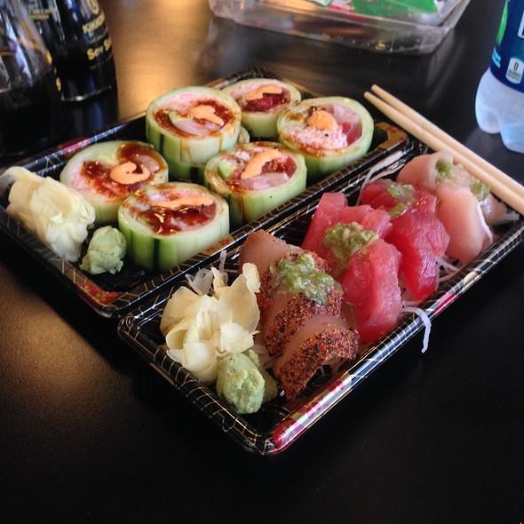 Sashimi Combo @ Harumi Sushi
