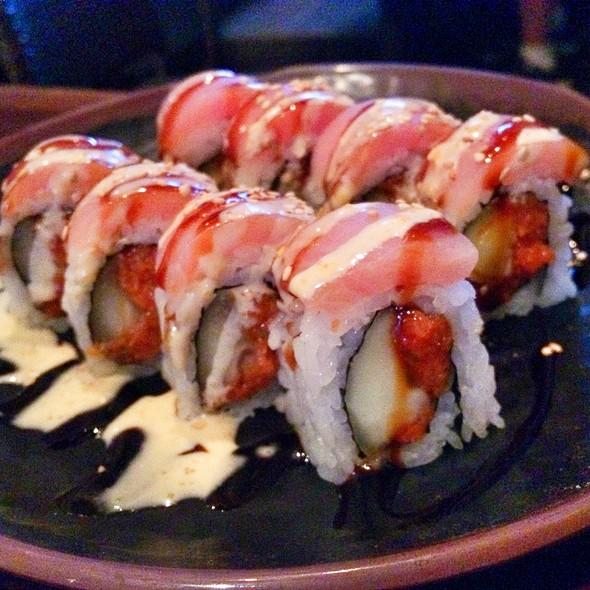 Yellowtail And Spicy Tuna Sushi Roll @ Sushi Koma