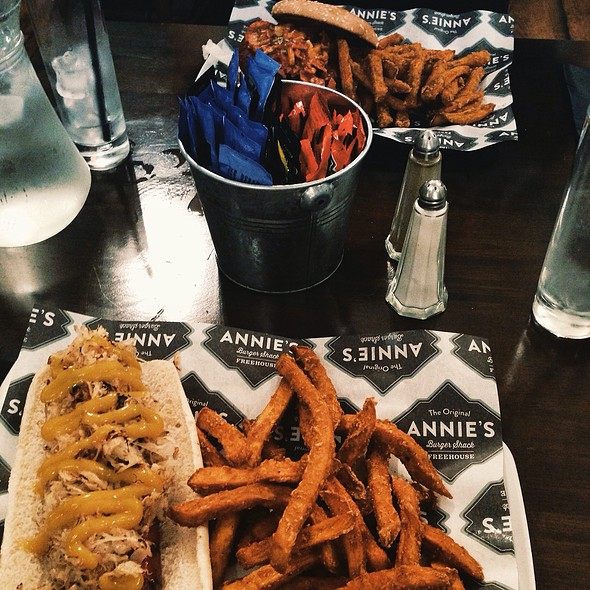 Hot Dog Annies Menu