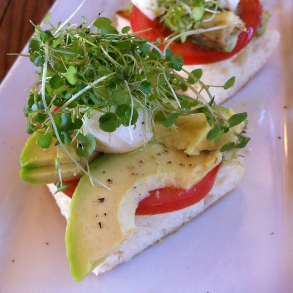 Tomato And Avocado With Toasted Turkish @ Spendelove Bistro & Bar