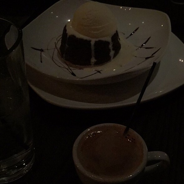 Chocolate Cake And Cortadito - Cafe Con Leche / De Noche, Chicago, IL