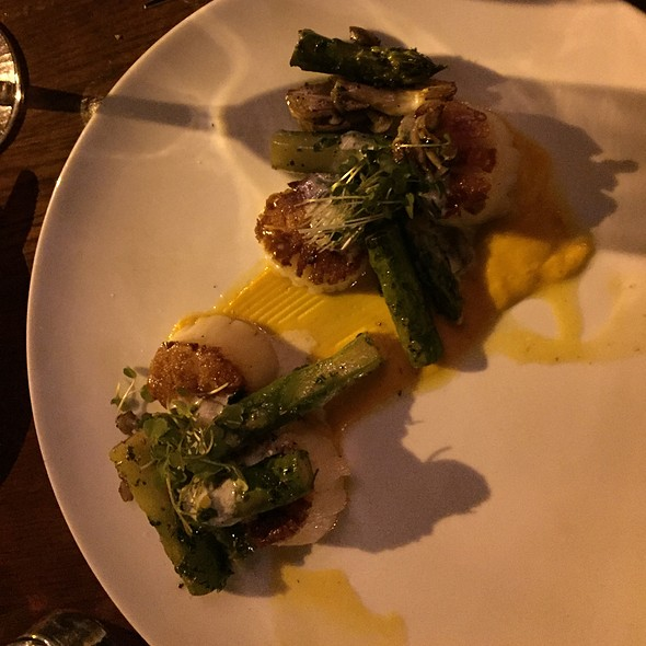 Scallops And Asparagus - The Raymond Restaurant, Pasadena, CA