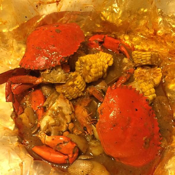 Crab Imperial Pot