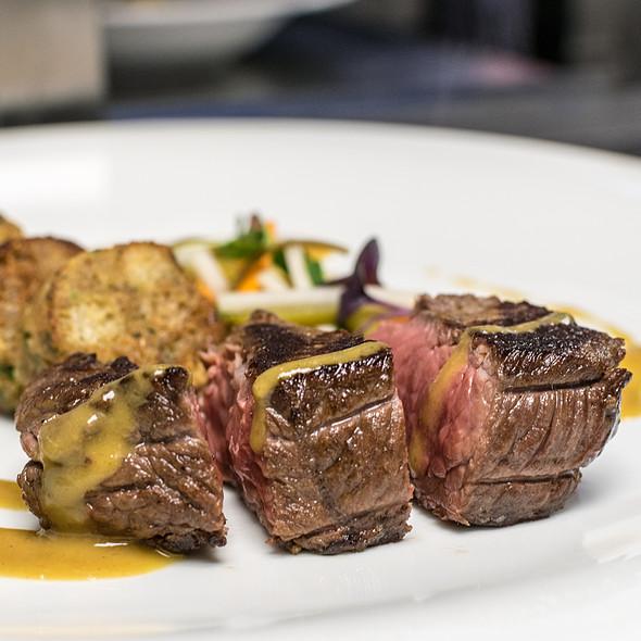 Rump steak with veggies @ Pannónia rendezvényhajó