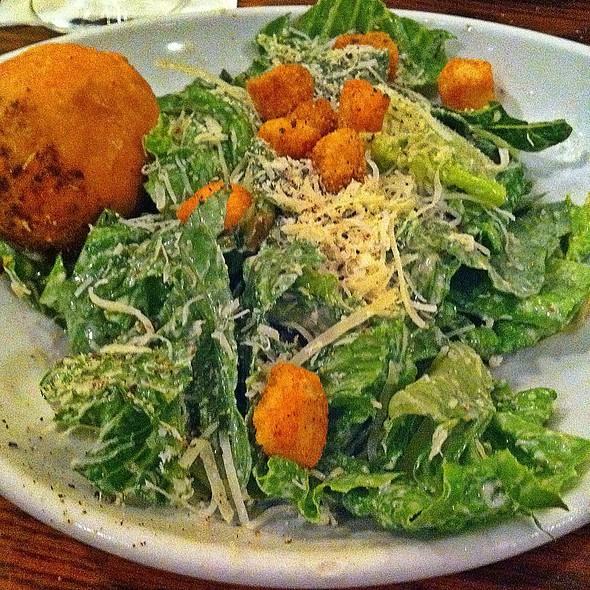 Cesar Salad - Biscottis, Jacksonville, FL