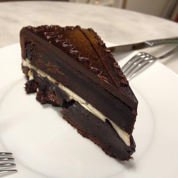 Tarta De Chocolate Y Praline