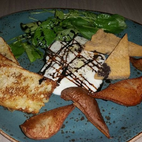 Burrata Cheese, Bode Pears, Panisse, Upland Cress