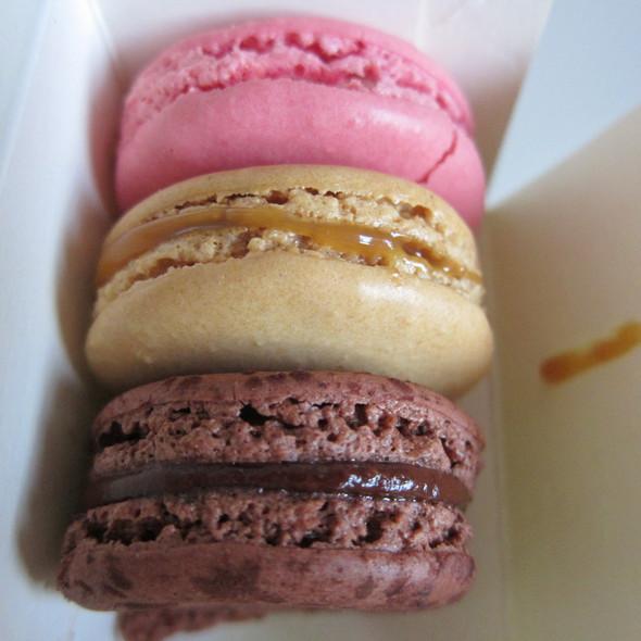 Macarons @ Laduree