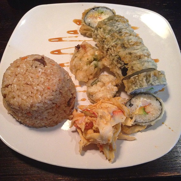 Oyako Roll With Tampico And Rice @ Sushi Madre