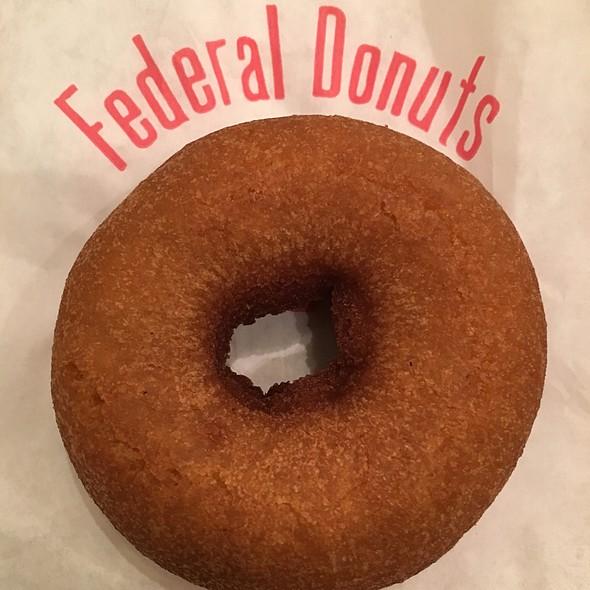 Honey glazed donut @ Federal Donuts