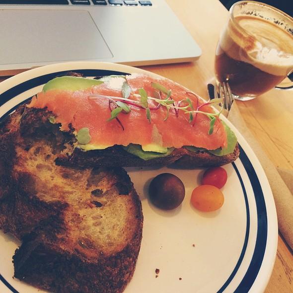 Sourdough With Avocado And Salmon @ L'imprimerie