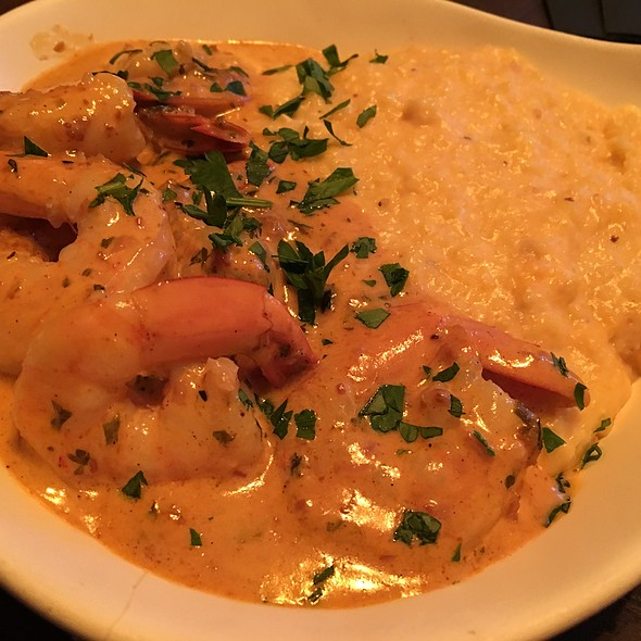 Shrimp and Grits @ The Tasting Room At The Chefs Table