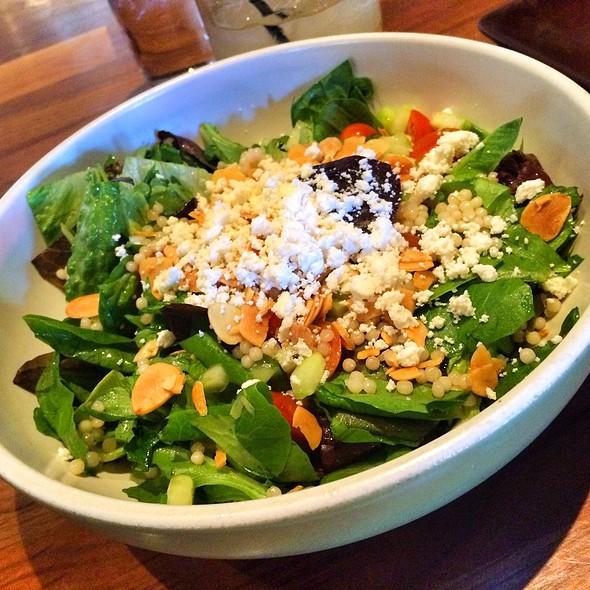 Mediterranean Salad @ Olive & Ivy
