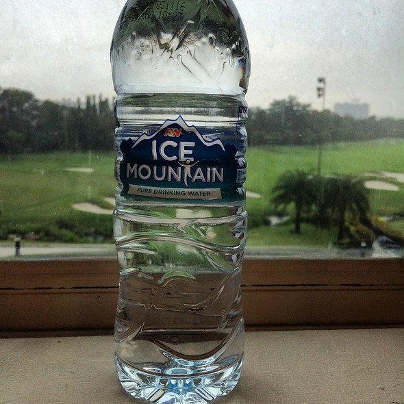 F&N ICE MOUNTAIN PURE DRINKING WATER