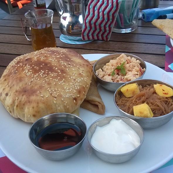 Traditional breakfast platter @ LOGMA