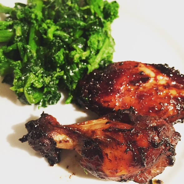 Bbq Chicken Wings With Broccoli Rabe @ Home