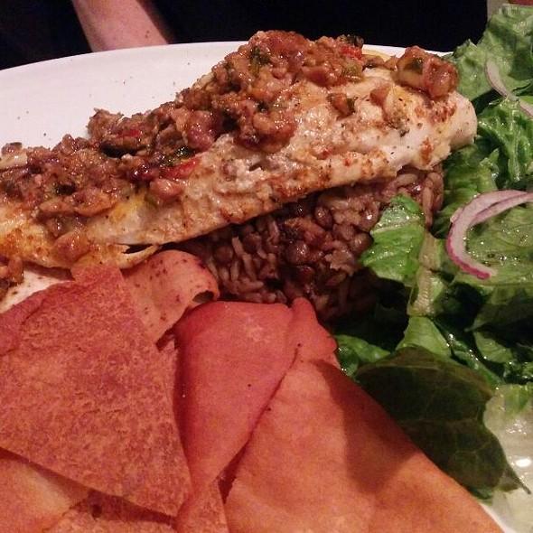 Poisson Doré @ Restaurant Alep