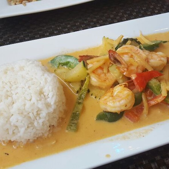 Red Curry @ Thai Kitchen by Saowanee