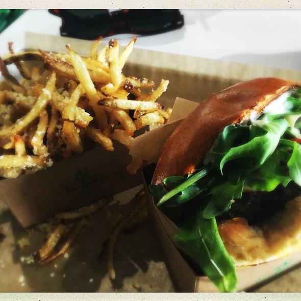 Truffle Burger @ BuffBurger