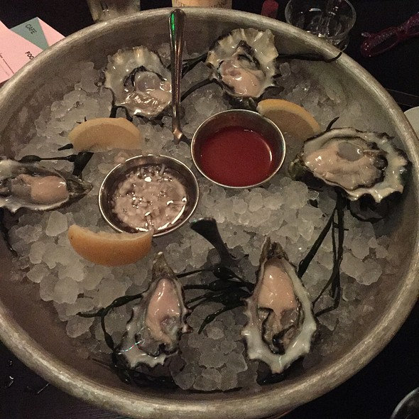 raw oysters @ Cafe Du Nord